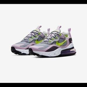 Nike Air Max 270 React GS Sneakers 5.5/7 women